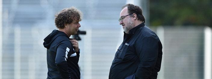 Stefan Krämer Cheftrainer Uerdingen mit Präsident Mikhail Ponomarev